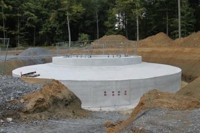 Das erste Fundament ist fertiggestellt